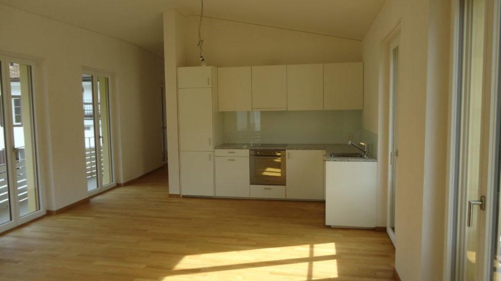 2 ½-Zimmer-Dachwohnung im 2. OG, Mitten im Zentrum von Altdorf