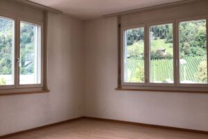 Zu vermieten an NR in Altdorf, nähe Zentrum: 2.5-Zimmerwohnung im 2. OG